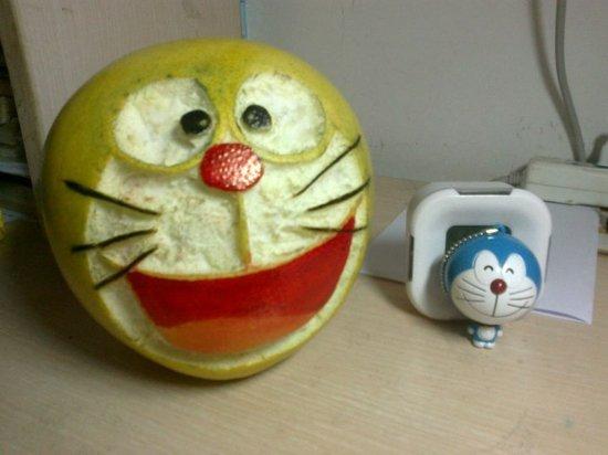 组图:天津大学疯狂的柚子 90后大学生各出奇招