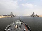 穿越苏伊士运河