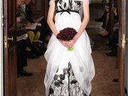 高腰线婚纱视觉减肥 穿出纤腰美态