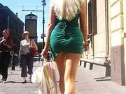 俄罗斯街头长腿丝袜让你大饱眼福美女美女黑为什么穿喜欢图片
