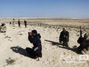 一场战斗:叛军使用中式107火箭炮反击卡扎菲军