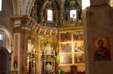 西班牙/因为建的时间拉的很长,所以这个教堂融合了建筑学上的多种标志...