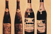 1896年,张裕聘任首任酿酒师-—奥匈帝国男爵巴保。在他主持下,张裕酿出中国第一瓶葡萄酒与第一瓶白兰地。