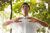 3.慢晨练:宜散步、打太极,不宜剧烈运动,缓解中小动脉的紧张。