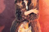 纽约上东区名媛,同时也是时尚偶像的奥利维亚·巴勒莫 (Olivia Palermo),以优雅的穿衣风格而名扬,在最新一组大片中,奥利维亚带领大家回到浪漫旧时光,示范70年代名媛优雅穿衣术。不难看出,同样少不了曼妙轻盈的雪纺和精致唯美的印花。