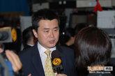 凤凰新媒体CEO刘爽在纽约证券交易所接受记者采访。