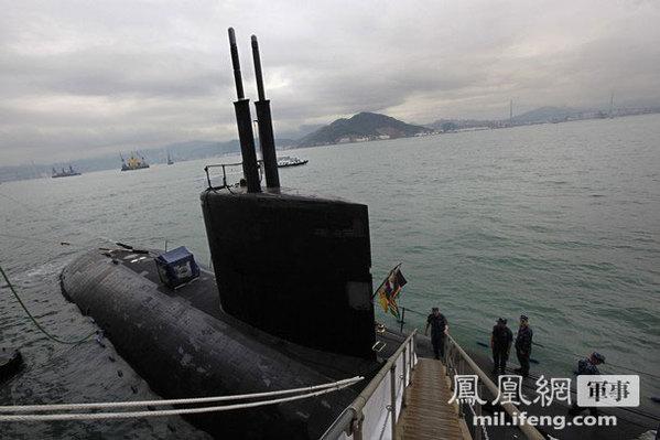 美军核潜艇停靠香港 一水兵醉酒闹事伤人被拘