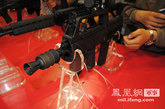 此次展会上亮相的95式5.56毫米短突击步枪