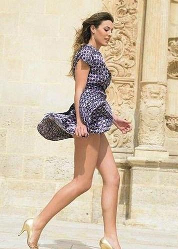 白俄罗斯美女最爱高跟鞋