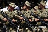 5月26日,格鲁吉亚举行独立20周年阅兵仪式。