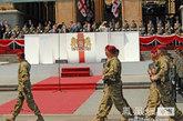 5月26日,格鲁吉亚首都第比利斯举行独立日阅兵仪式,庆祝本国独立20周年。