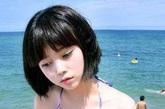韩国超人气网络美女,她拥有一双美丽的眼睛,翘嘟嘟的红唇和高跷的鼻子,经常在自己的博客上上传各种照片,在网络上极少公开关于自己的信息因自己的美貌和可爱博得大家的喜爱。虽然她从来没有透露过年龄,不过有消息称郑惠媛已经超过24岁。