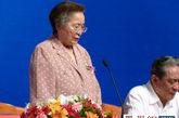 十届全国人大常委会副委员长何鲁丽宣布开幕