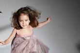 Alber Elbaz给Lanvin 2012早春度假系列带来了不一样的惊喜,除了华丽的女装以外,还有他的首个奢华童装系列。