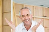 """1.""""老年人更快乐。""""57岁的美国加州斯坦福大学心理学家、斯坦福长寿研究中心主任劳拉·卡斯藤森说,大多数性格乖戾的老年人年轻时脾气就不好,但衰老并不会将快乐之人变成整天闷闷不乐的人。研究表明,在步入老年的过程中,人们在情绪上变得更加稳定,更加知足。年轻时的生活充满着很多的""""假如"""",找对象、生孩子、创业等,步入老年后,年轻时的""""假如""""得到解决。此时的压力最小,更能得到彻底放松。"""