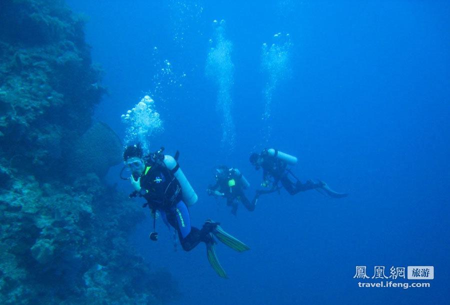 探秘被马来西亚占领的南海岛屿之弹丸礁的美丽风光