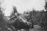 据估计,1941年6月22日战争爆发时,苏联拥有6000辆以上的BT系列坦克,其中BT-7超过4000辆,较新式的BT-7M/BT-8有780辆,其余多为BT-5等。BT坦克在数量上,是苏军一线部队的坦克主力,但损失也极其惨重。