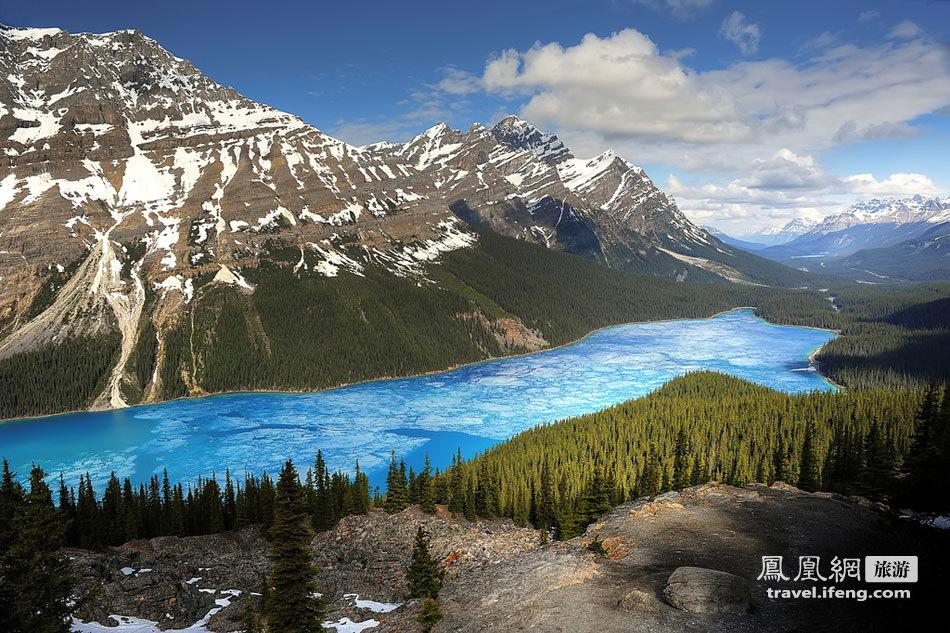 加拿大阿尔伯塔省banff国家公园拍日出