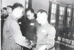 粟裕大将建国后罕见历史照片:与叶剑英辩论