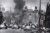 1937年12月13日,侵华日军侵占南京中华门。该城门顶端箭楼当时被日军炸毁。