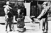 南京市民被日军捆绑刺杀。