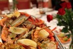 巴塞罗那享受巨型龙虾宴