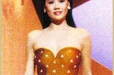 一年一度的香港小姐竞选众人瞩目,1986年李美珊这款抹胸泳装的心形印花装饰或许会让你感到些许单调,但在当时一点都不影响它带来的性感修身效果,风光之后,有人回归平淡,李美珊就是比较典型的例子,1986年得港姐冠军现今反倒销声匿迹。