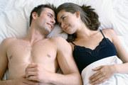 """夫妻""""最恩爱""""睡姿是什么样的(组图)"""
