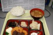 世界各国学生午餐大比拼(组图)