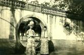 朗贝勒府五格格爱新觉罗·恒馥与铁哥。
