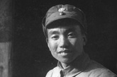 萧克,第十八集团军120师副师长,中将。