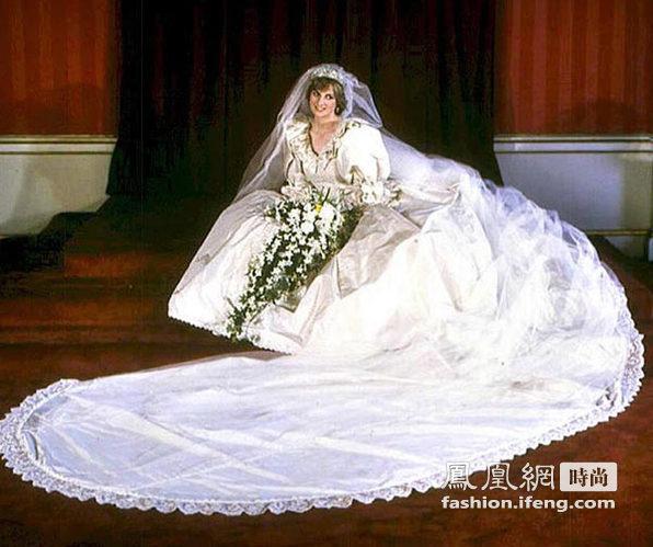 凯特王妃和戴安娜王妃的婚礼造型都备受瞩目极尽奢华,戴安娜王妃25