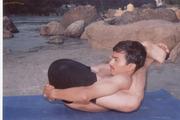 解读:印度神秘的高难度瑜伽动作(组图)