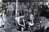 中国国民政府1938年7月出版的《日寇暴行实录》中的照片。新华社发