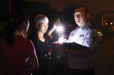 9月7日凌晨,西山华府南门,警方抵达现场。新京报记者 浦峰 摄