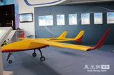 刀锋460无人机翼展4.6米。机长3.03米,最大起飞重量85kg,实用升限3000米。齐越 摄