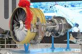"""型号标识CJ为""""长江""""拼音的首字母。C为Commercial(商用)、China(中国)、Civil(民用)的首字母,同时也代表着国产商用大飞机C919相配套的发动机:J为Jet Engine(喷气发动机)的首字母。""""1000A""""的1000代表10000kgf至19999kgf级推力;A(B,C…)代表改进型代号。 齐越 摄影"""