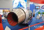 歼-10专用的俄制AL-31FN矢量推力发动机亮相北京