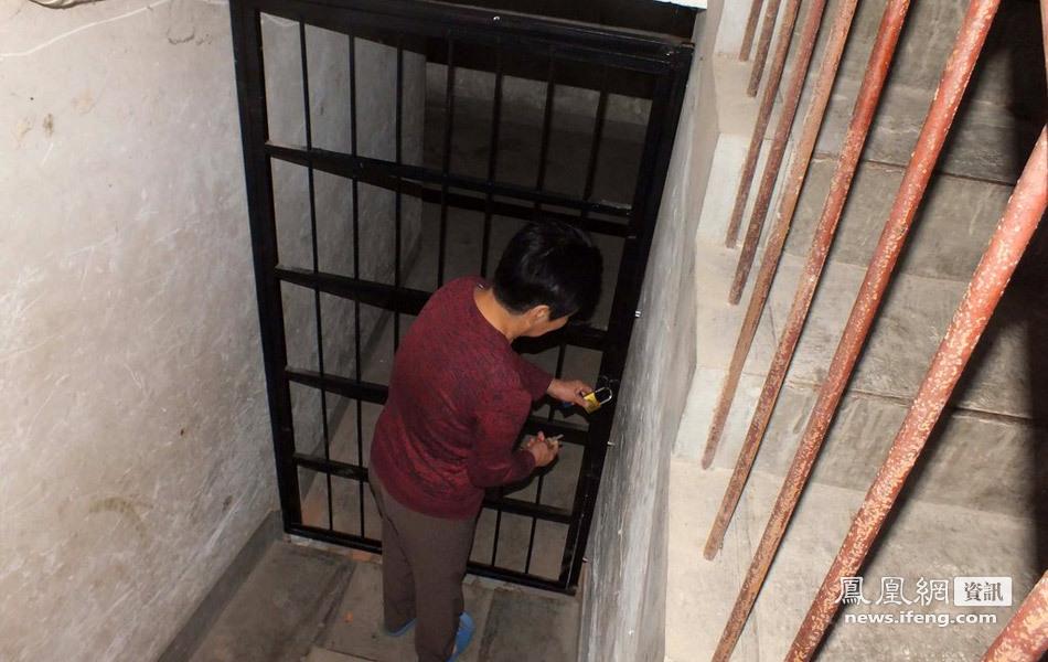洛阳一干部挖地窖囚禁6女为性奴 记者走访案发地