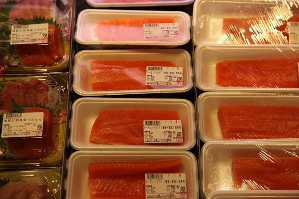 日本生鲜超市陈列图