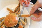 真人示范:10步图解正宗吃蟹方法