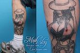 来自加拿大的Lane,一位身体艺术的爱好者,曾在身体上纹了一位丰腴的小姐图案。但他总觉得缺了点什么,于是为这位小姐做了隆胸手术——在腿上植入了一些硅胶,这样一切便显得恰到好处了。