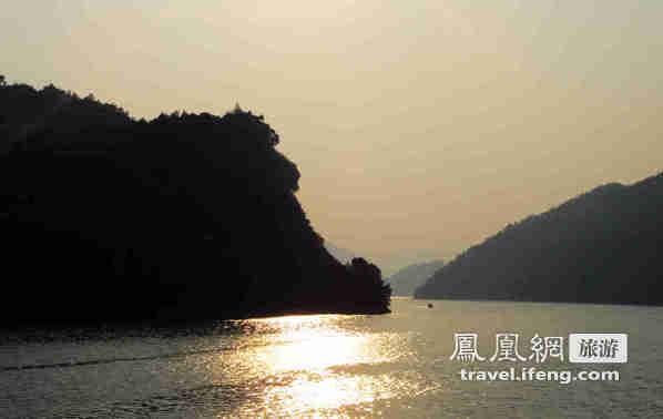 最后一条没有被污染的河流 清江画廊清秀堪比多瑙河