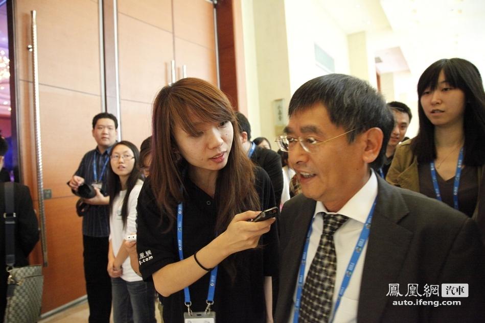 凤凰网汽车专访:工信部装备司司长张相木
