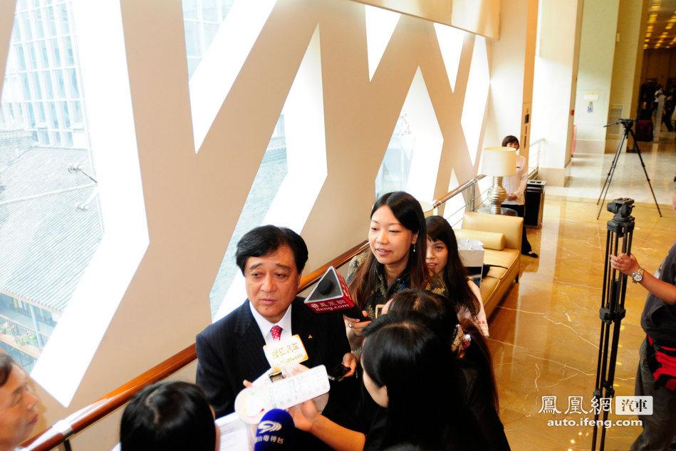 凤凰网汽车抓访:三菱汽车工业株式会社社长益子修