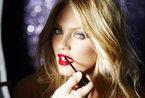 众超模堪称美轮美奂 红唇艳抹展诱惑