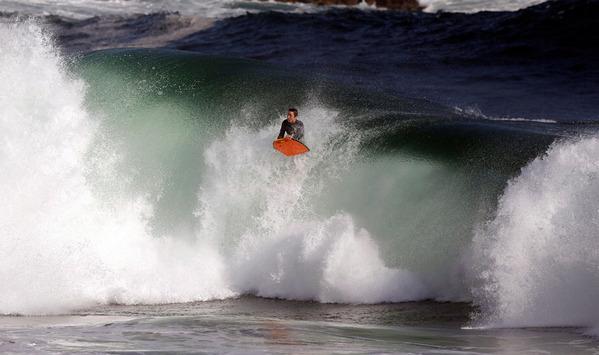 冲浪!搏击海浪感受巅峰时速