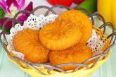 南瓜饼,为啥受欢迎:要是你喜欢吃甜,我们向你强烈推荐这种1块钱一个的南瓜饼。