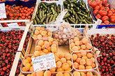水果不仅是女性养颜的佳品,某些水果对治疗男性性功能障碍及尿路感染等男科疾病有一定的帮助。所以哪些水果更适合男人食用呢?让我们为您解答。(资料图)