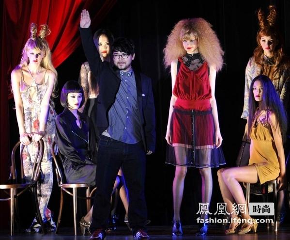 东京时装周现群魔造型 为万圣节妆容找灵感